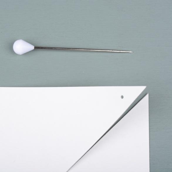Make-pinholes-detail
